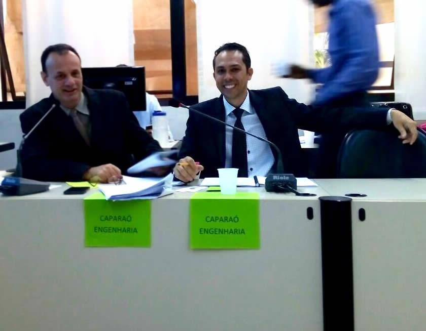 Tcharlye Guedes Ferreira e o representante do CONAMA Dr. Fabrisio Lucio na Câmara Municipal de Belo Horizonte
